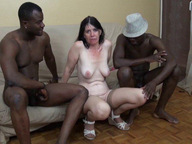 Double vaginale avec une mature